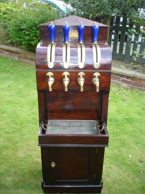 mahogany-cased-beer-engine
